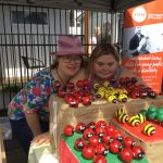 steps-pathways-college-students-helping-at-sunshine-coast-plant-swap